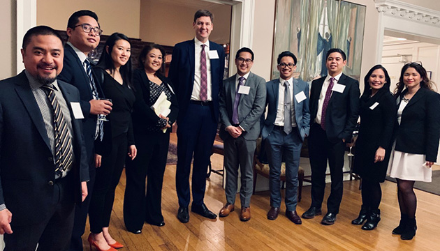 Canadian Filipino lawyers meet B.C.'s Attorney General