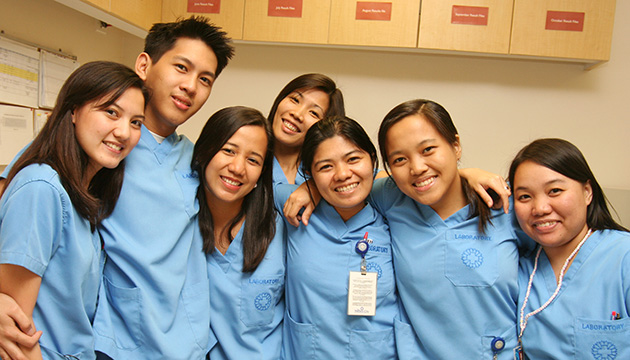 Filipinos in the Canadian workforce fare better than the rest