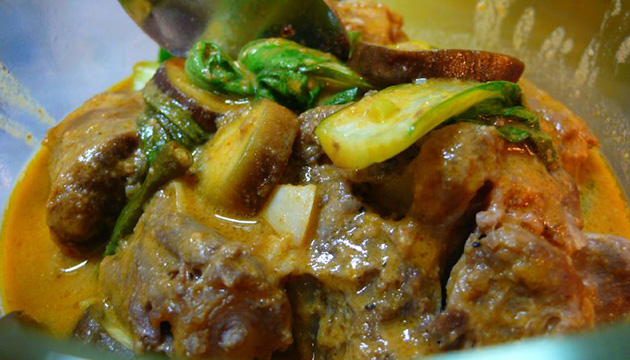 Top 10 dishes to order in a Filipino restaurant